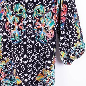 Anthropologie Tops - Anthropologie Kachel geo print tropical blouse top